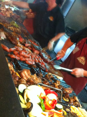 The Knife, parrilla de carne y verduras