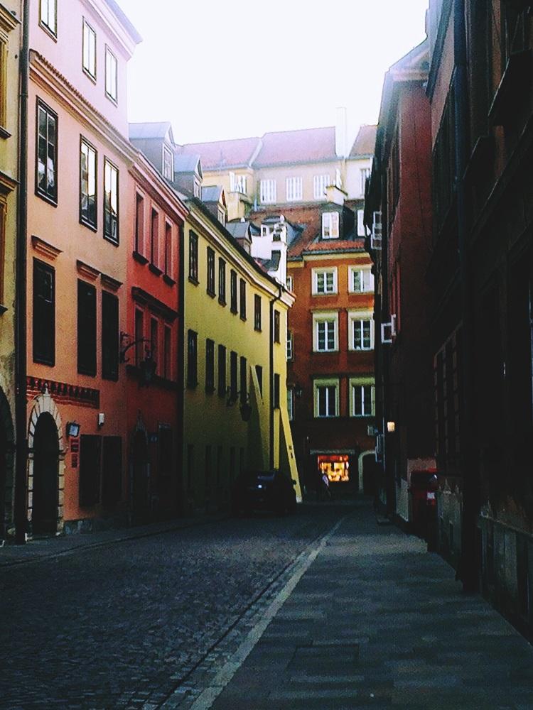 Uliczka na starym mieście, Warszawa