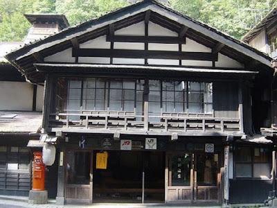 Hotel Tertua, Usianya 1000 Tahun Lebih
