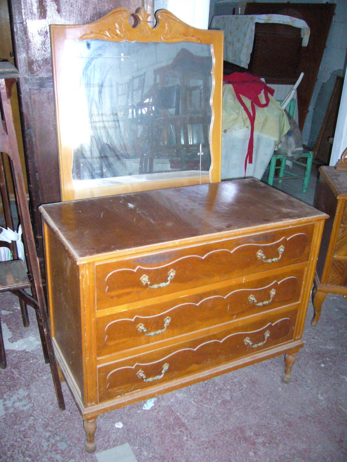 La restauradora muebles patinados algunos trabajos - Como pintar muebles antiguos ...
