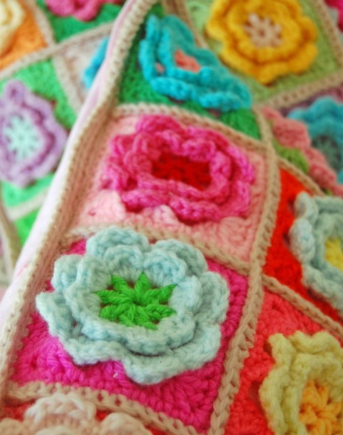 Crochet Flower Square - Free Pattern