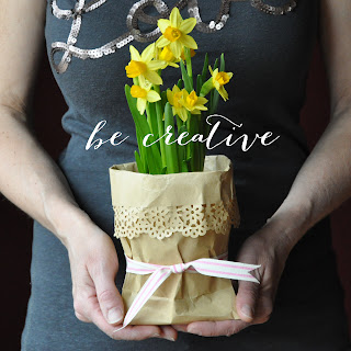 wrap up flowers in a paper bag tutorial on Creative Bag's blog