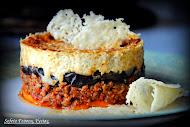 Μουσακάς με γλυκοπατάτες, βουβαλίσιο κιμά και Parmigiano Reggiano.