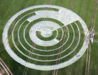 Crop Circles 2012 - Página 3 20120603+codigo+7