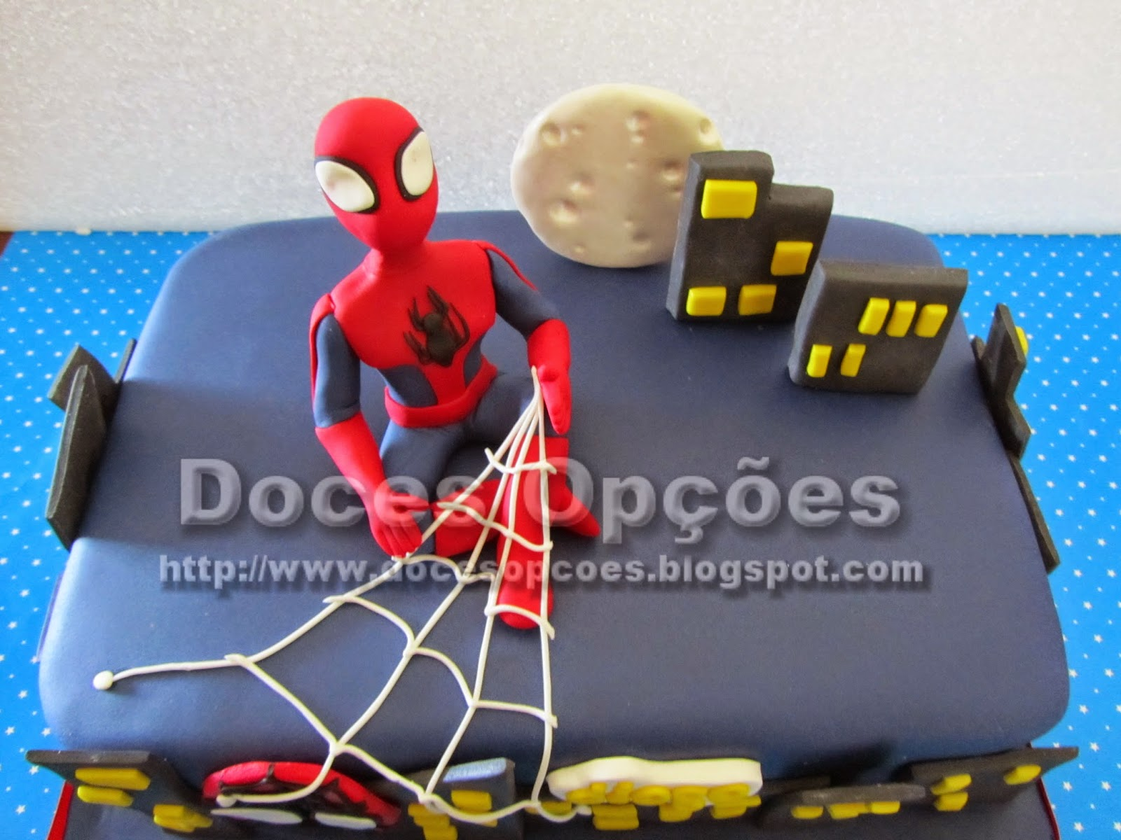 bolo decorado homem aranha bragança