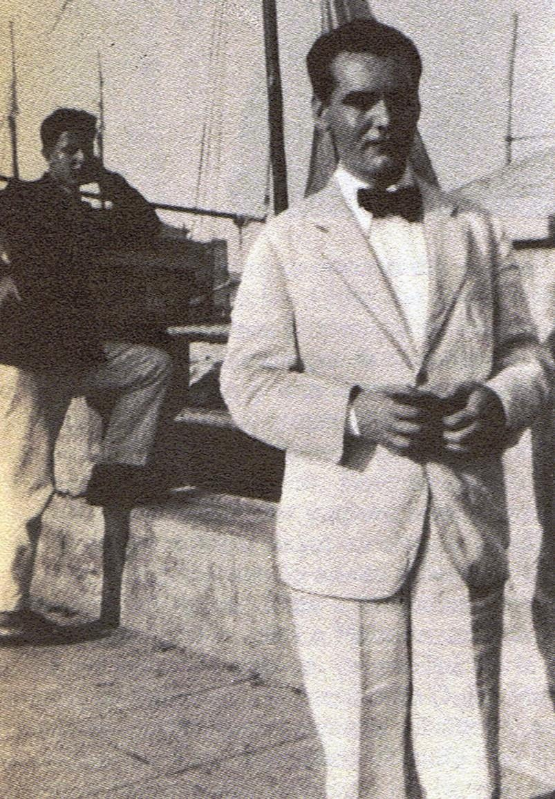 Lorca en 1930 antes de regresar a España