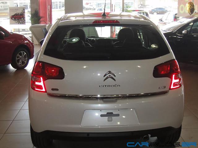 C3 2013 Exclusive Automático na cor Blanc Nacré (perolizada