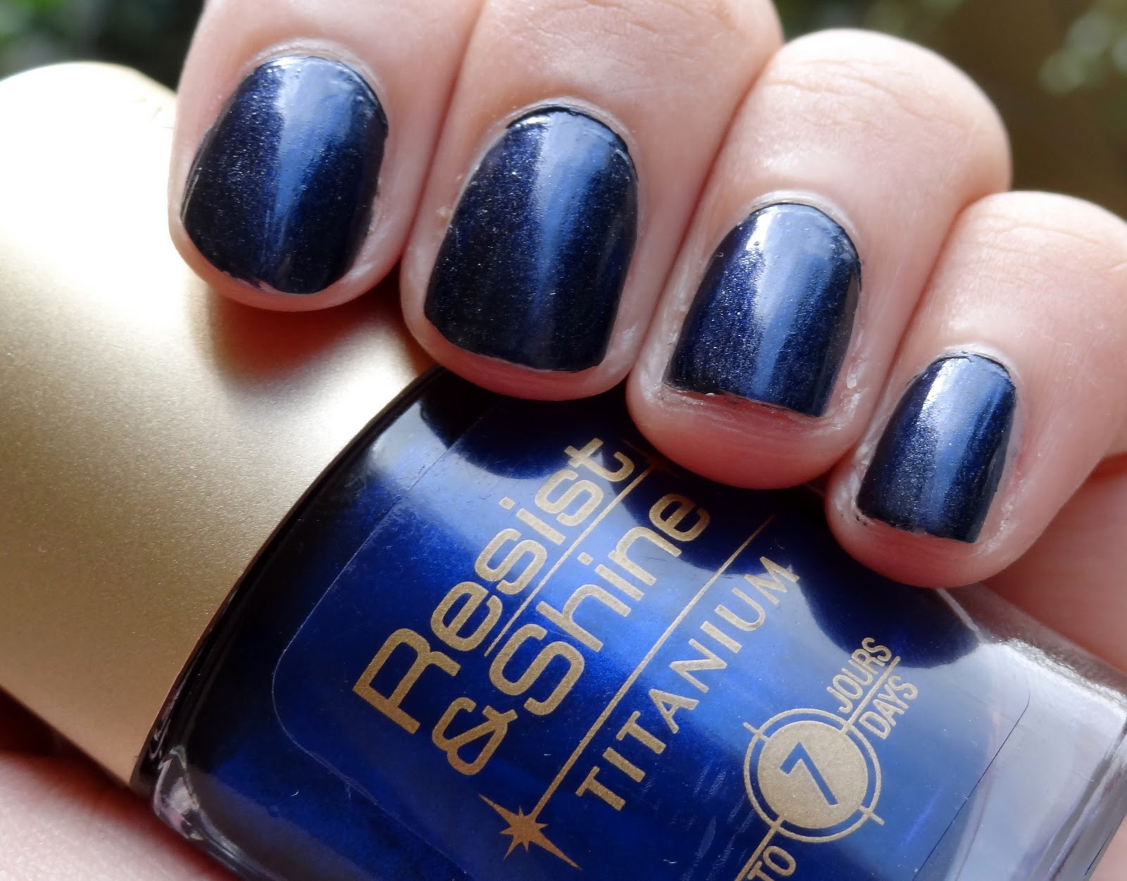 The 10 Best Navy Blue NailPolishes The 10 Best Navy Blue NailPolishes new pictures