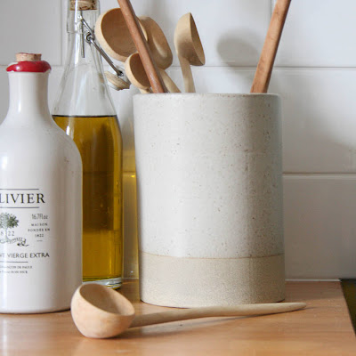 ceramic utensil jar