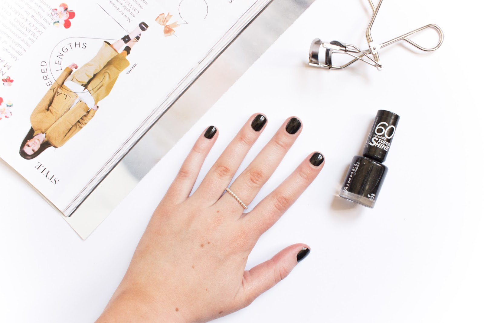 Rimmel 60 Seconds Super Shine Nail Polish in Black Out