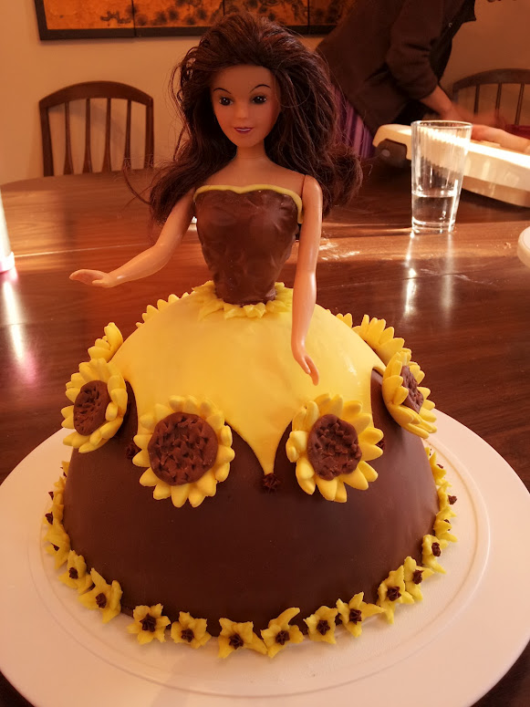 Sunflower Doll Cake Catchy Cakes