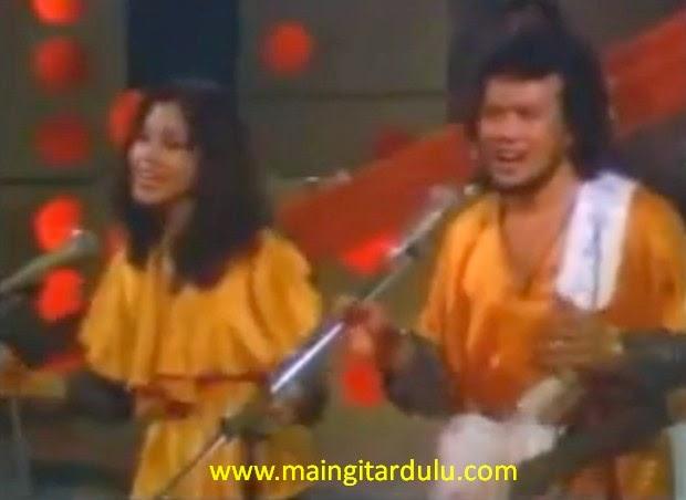Bunga Surga - Rhoma Irama & Rita Sugiarto