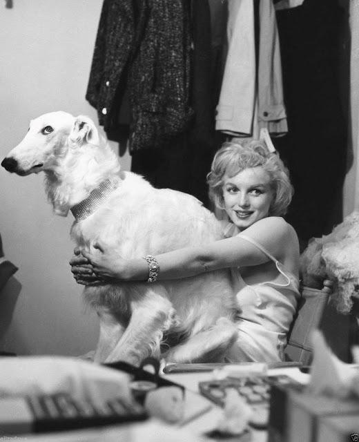 En 1958, en una sesión fotográfica de Richard Avedon
