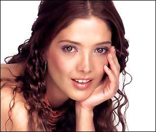 La cadena TV Azteca anda tras los pasos de la hermosa Adela Noriega a ...