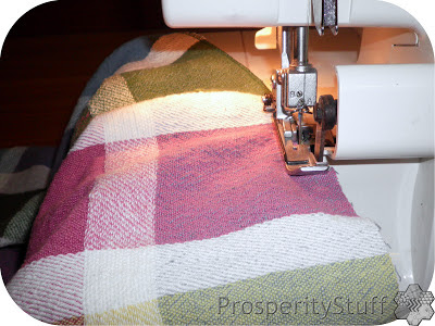 ProsperityStuff Serger project: kitchen towels