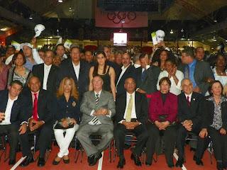 Hipólito Mejía  recibe apoyo de miles,  en concierto amenizado por  el Torito, Anthony Santos y  otros grupos-.