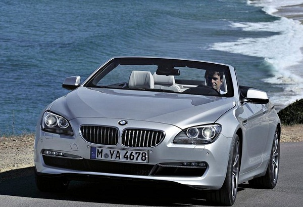Sedang mencari mobil bmw terbaru 2011 sangat pas dengan foto mobil bmw