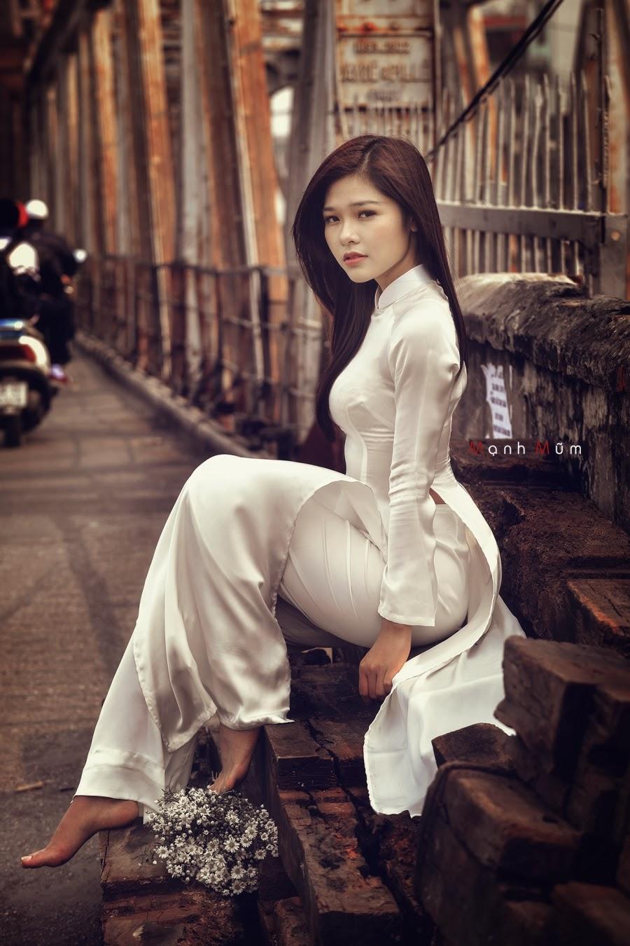 gái Việt vạn áo dài vẫn là số 1 quá ngon luôn