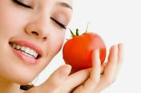Manfaat Masker Tomat Untuk Kecantikan Kulit Wajah