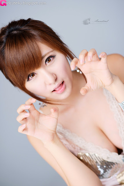 Ryu-Ji-Hye-V-Neck-Sequin-Dress-02-very cute asian girl-girlcute4u.blogspot.com