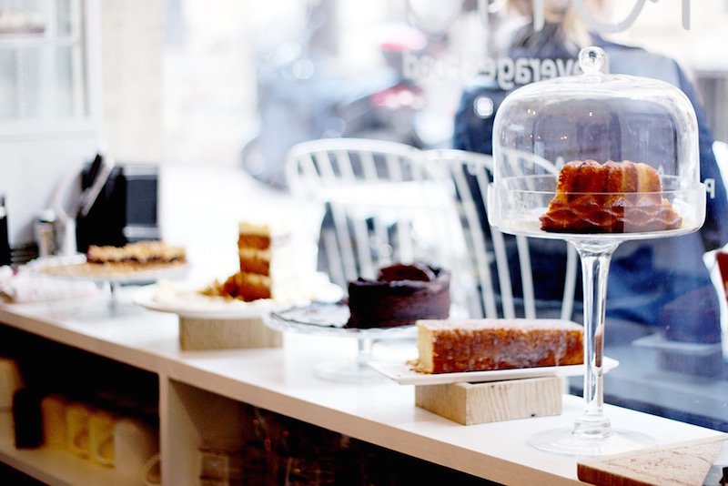 vitrine gâteaux Mona à Bordeaux