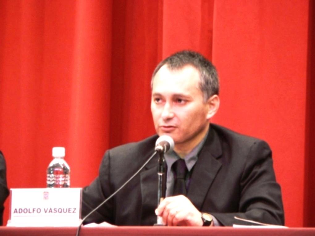 http://3.bp.blogspot.com/-m7sELbBOtzo/TjHZlnD9ByI/AAAAAAAABZI/_Rt8XxK9k-U/s1600/Professor%2BDr.%2BAdolfo%2BVasquez%2BRocca%2B2011.JPG