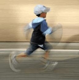 niño iniciándose en el running