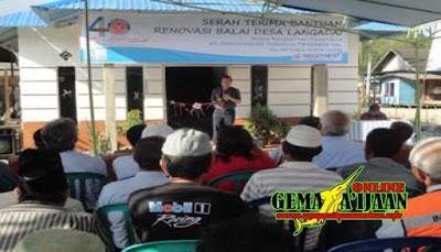 Indocement Bangun Balai Desa