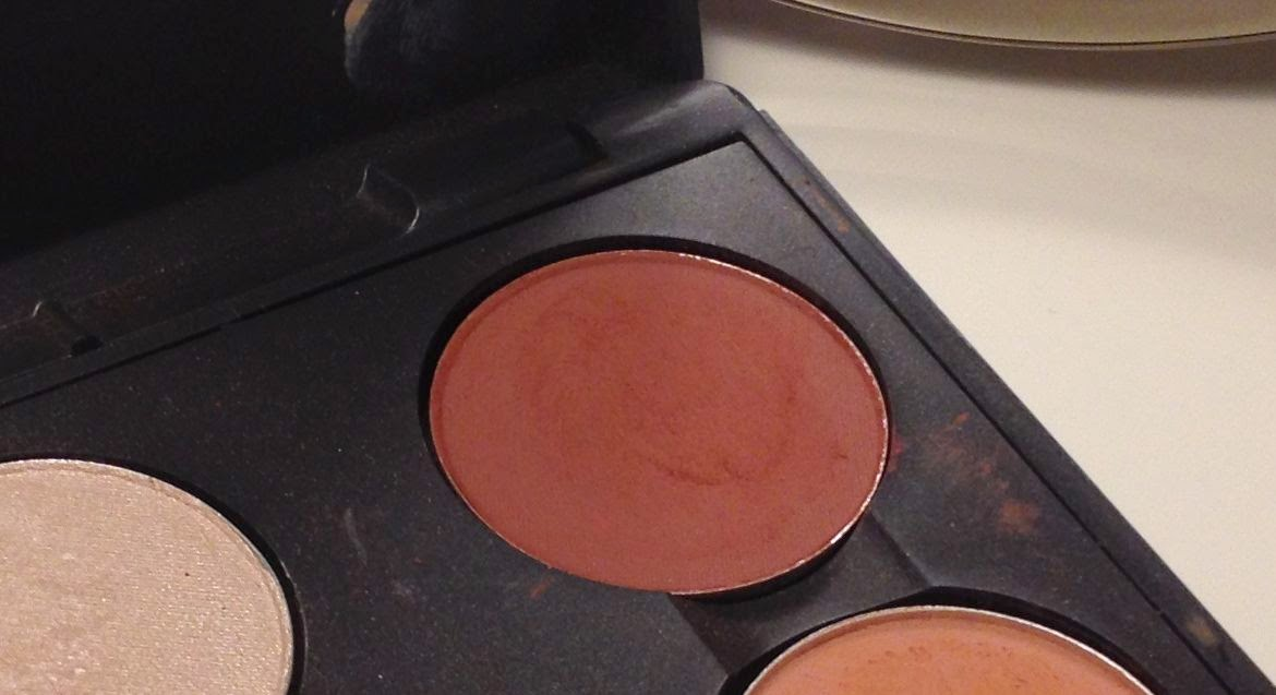 MAC Swiss Chocolate Eye Shadow
