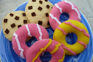 Play food felt biscuits, cookies and party rings