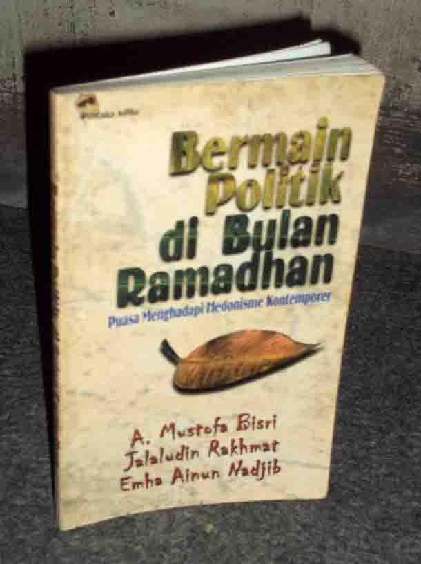 cover buku Bermain Politik di Bulan Ramadhan, image