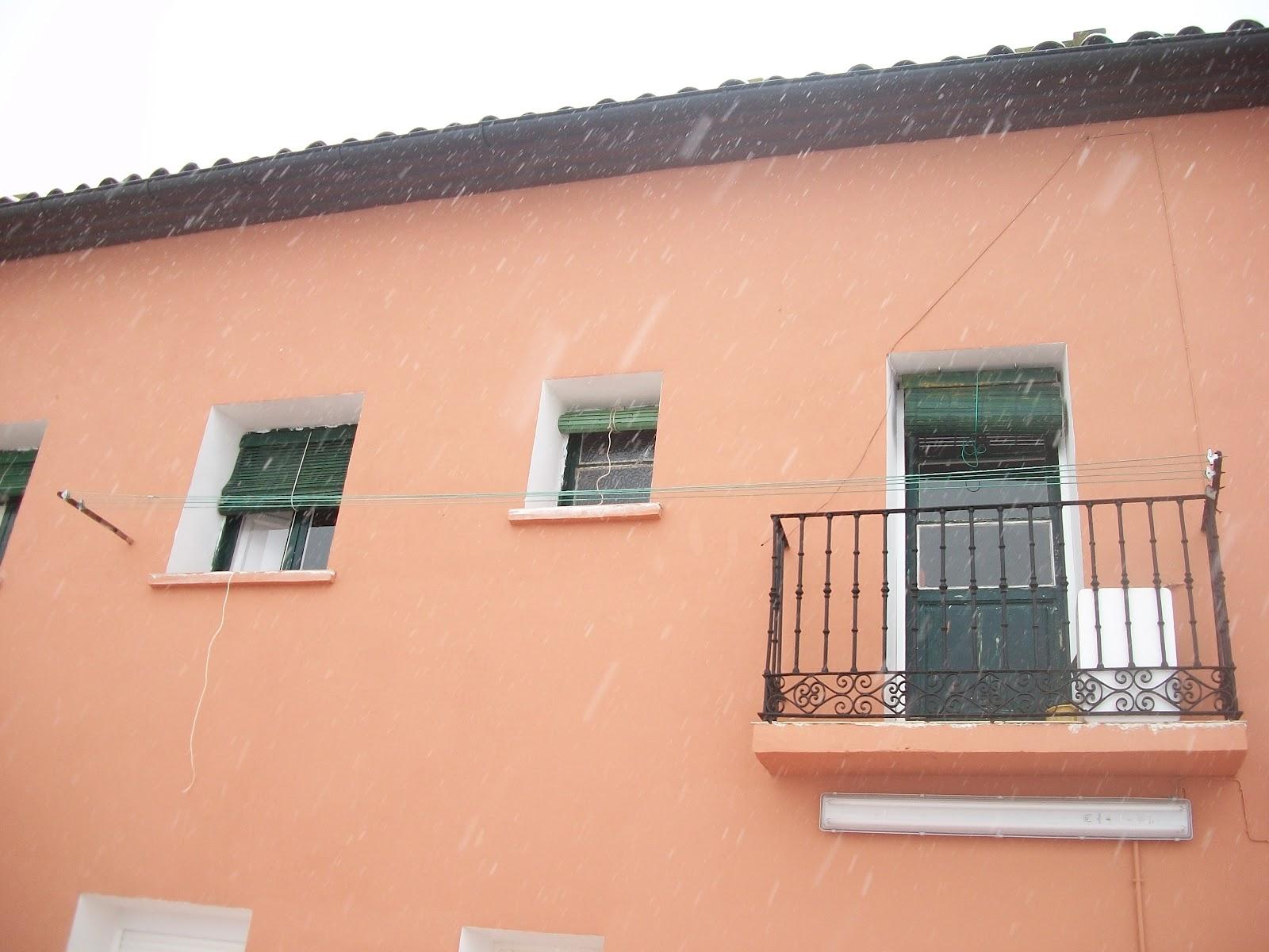 Servicios de pintura en zaragoza febrero 2013 - Pintura para fachada ...