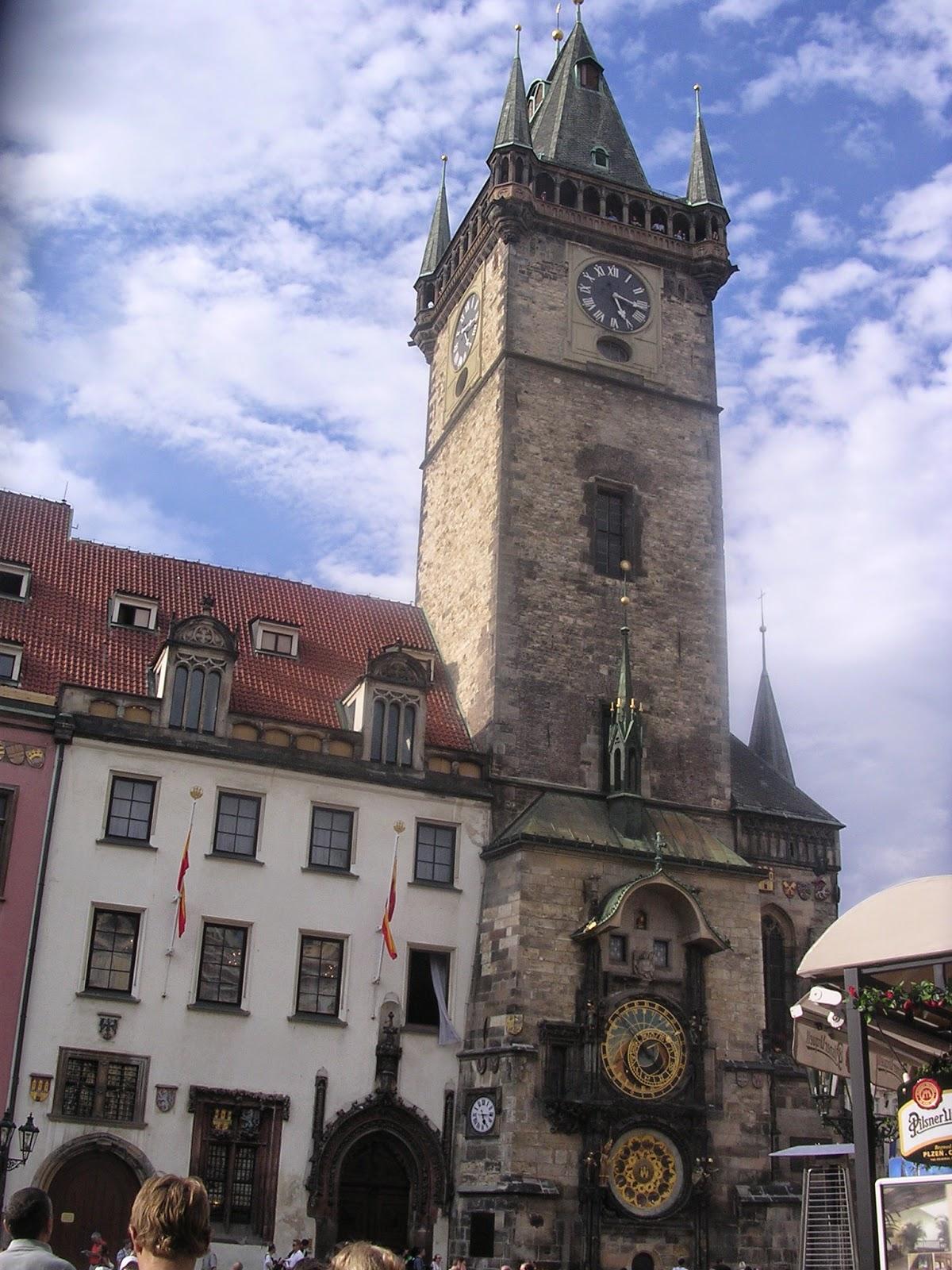 Casa Municipale - orologio astronomico