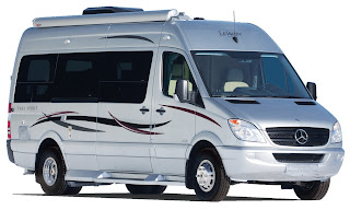 Class B Motorhome: Leisure Travel Vans