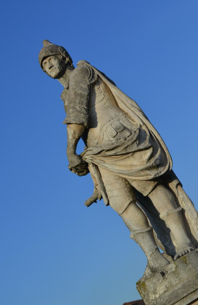 statua al prato della valle