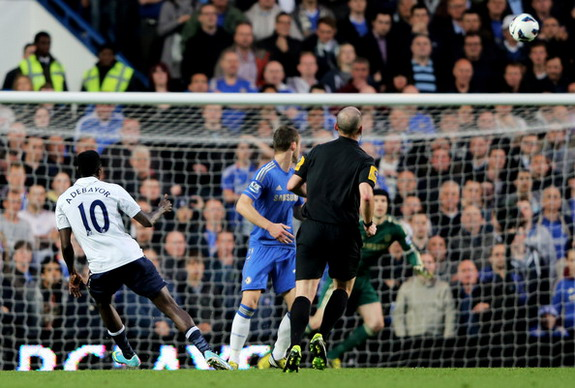 Tottenham striker Emmanuel Adebayor scores the equalizer against Chelsea from long range
