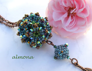 beaded jewelry blogs artists beadwork beading beads