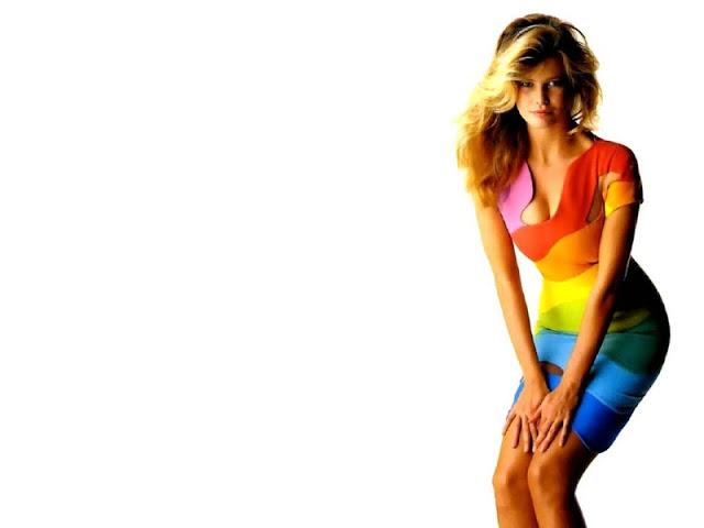 Claudia Schiffer sexy in dress