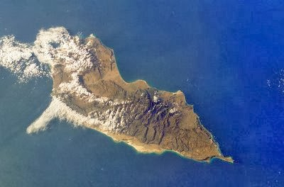 socotra+island+pulau+dajjal billyinfo9 Keanehan Pulau Socotra di Yemen, pulau Dimana DAJJAL Dirantai?