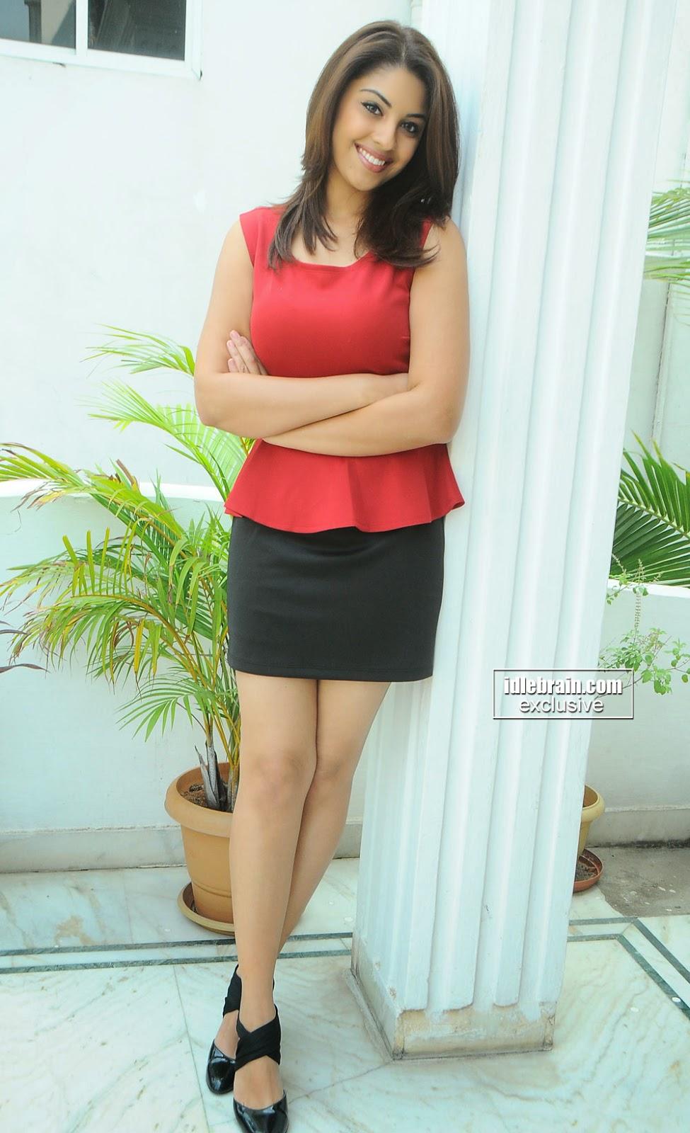 Richa Gangopadhyay milky thighs