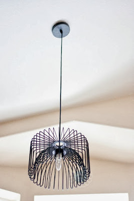 diy express une corbeille devient luminaire design initiales gg. Black Bedroom Furniture Sets. Home Design Ideas