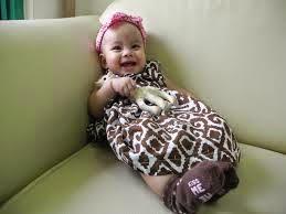 bayi cantik ceria