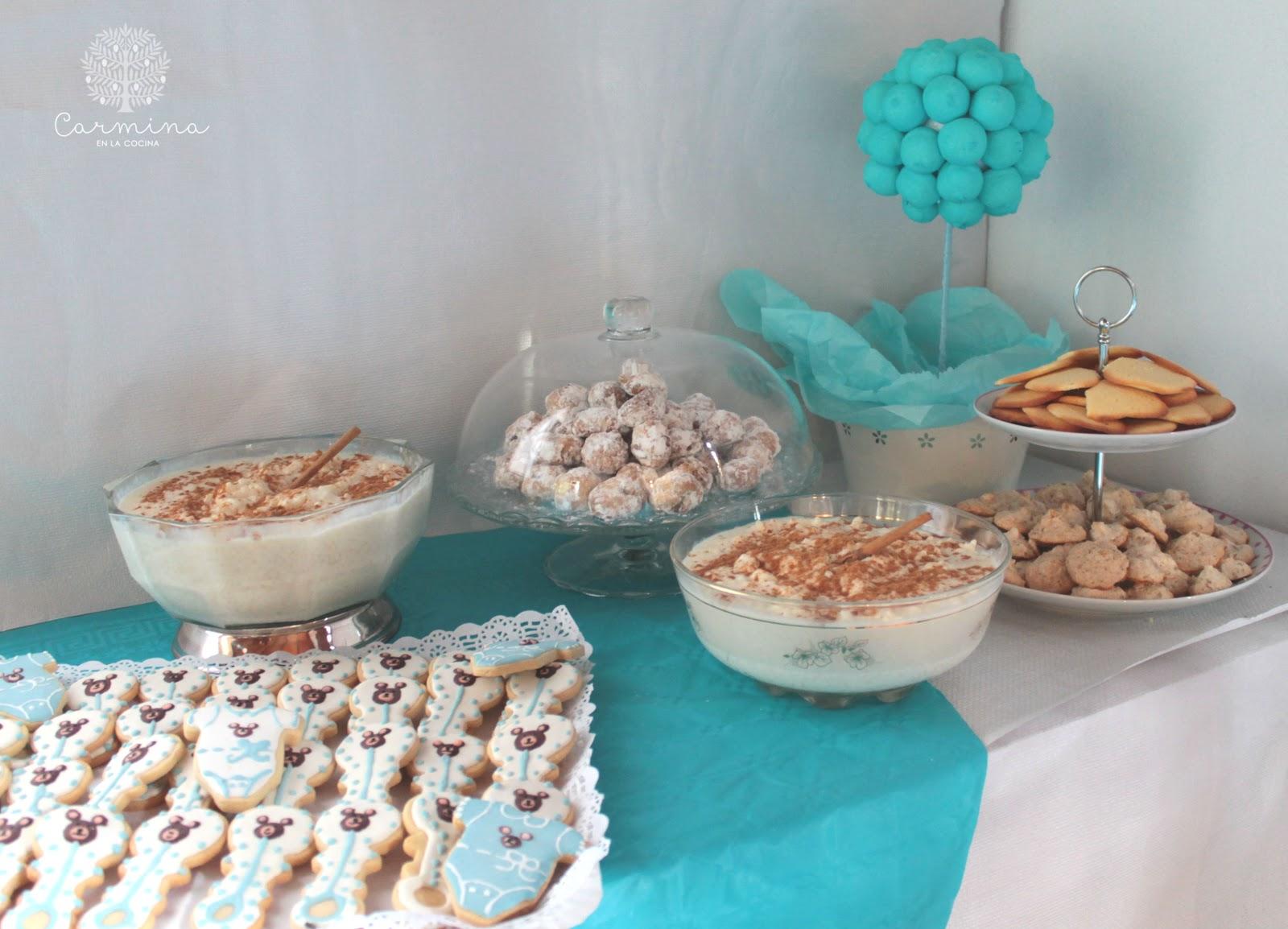 Mesa dulce para el bautizo de jes s carmina en la cocina for Mesa dulce para bautismo