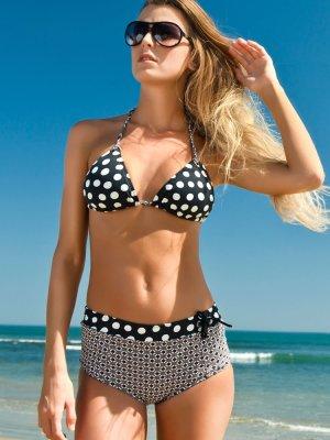 Beach-Fashion-Trends-2012!