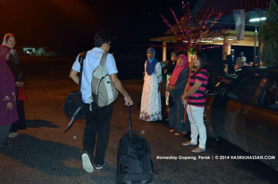Berkeluarga Angkat di Homestay Gopeng - Rail Tourism VMY2014