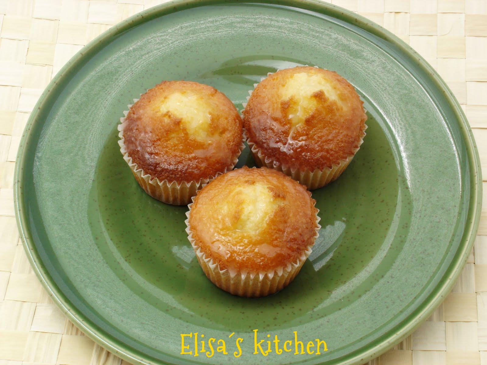 Elisa´s kitchen: Magdalenas de limón y almendra