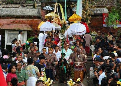 Lombok Wisata on Selain Wisata Alam Di Lombok Juga Banyak Terdapat Wisata Budaya Salah