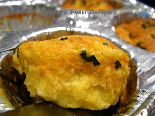 ... Sweet Delights: Corn, Buttermilk, Cheese & Chives Mini Popovers