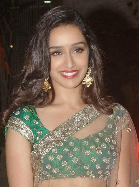 Shraddha Kapoor Hot Navel Hd Pics Transparent Saree