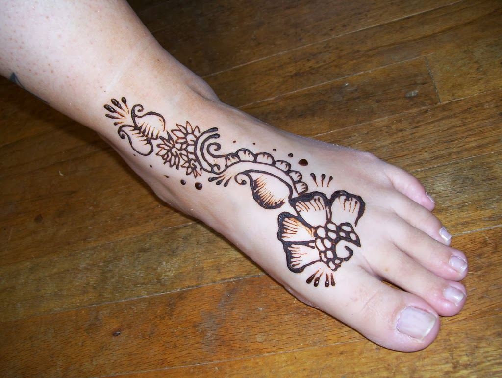 Mehndi Simple Designs For Foot : Simple foot mehndi designs new pictures world